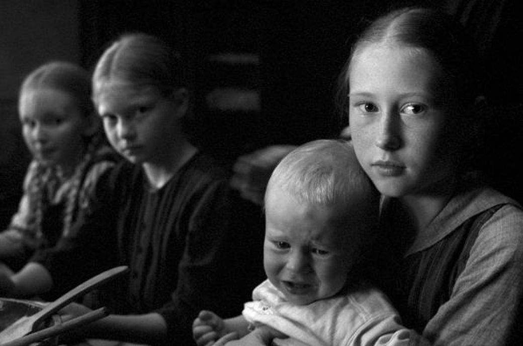 Filmstill DAS WEISSE BAND – Eine deutsche Kindergeschichte
