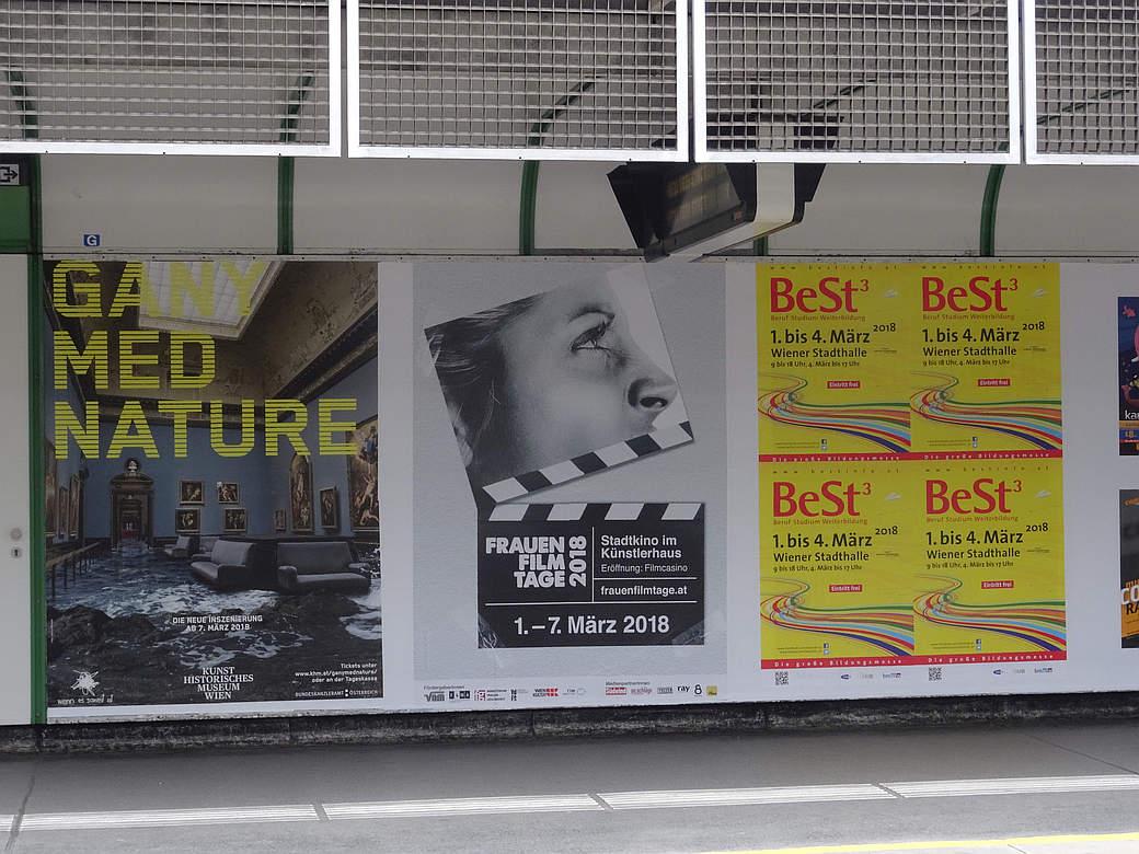 Poster in der U4-Station Pilgramgasse